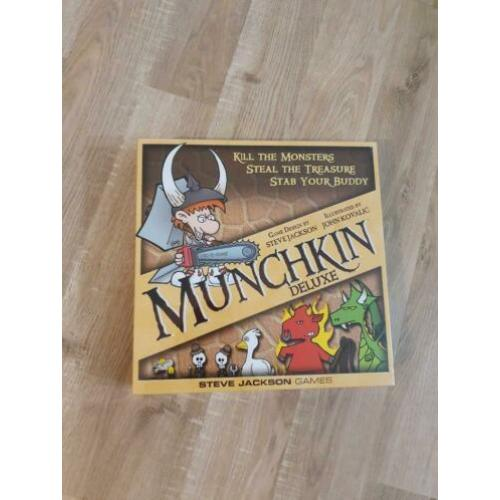 Munchkin Deluxe Sealed (English Version)